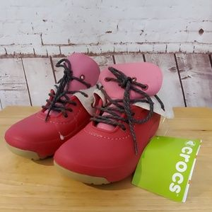 NWT Crocs Blitzen Covertible shoe boot